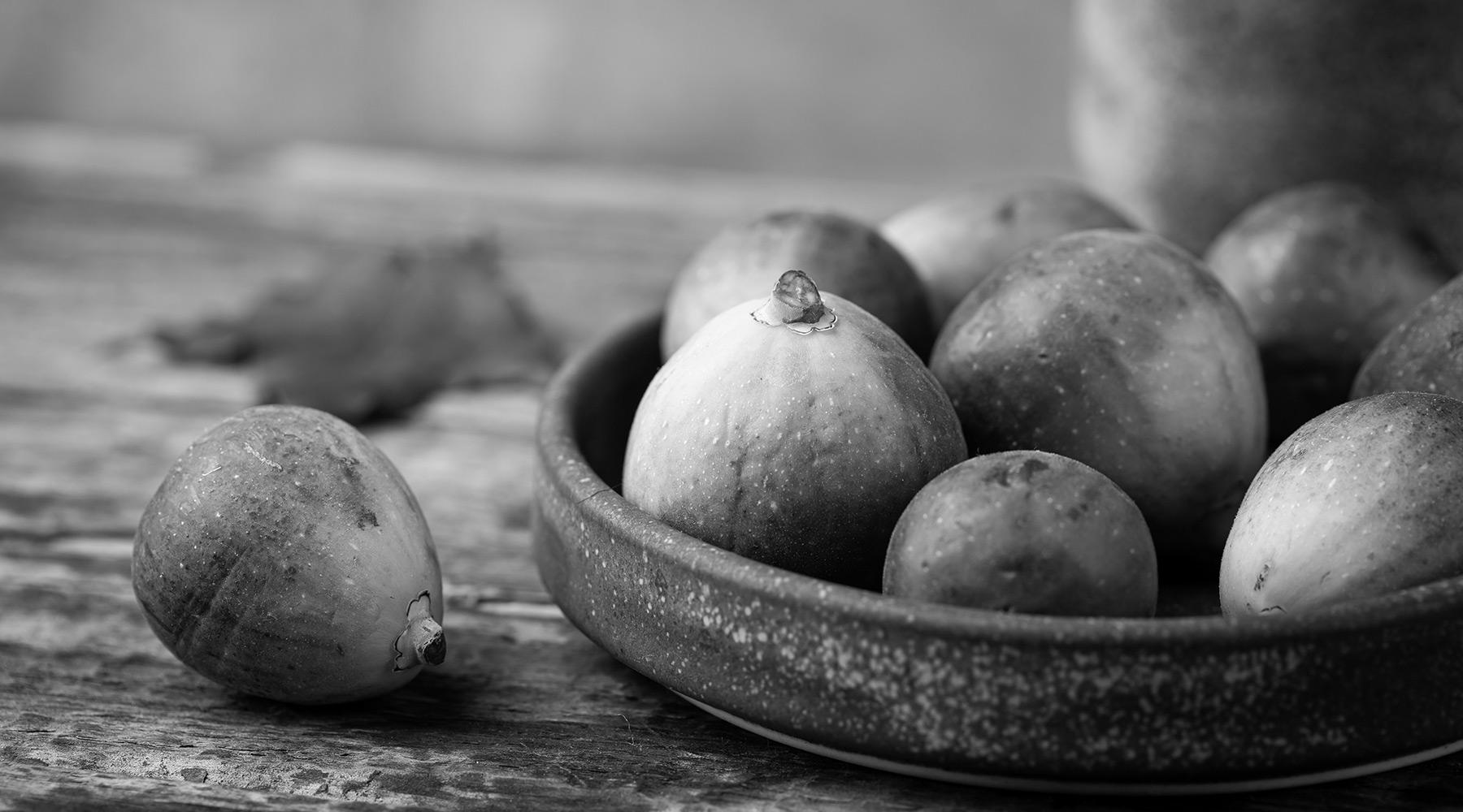 Azara bowl of figs